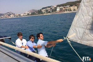 Salvador Vega, David Galán y Fernando Rey pasean en barco por la costa promocionando su corrida del día 17